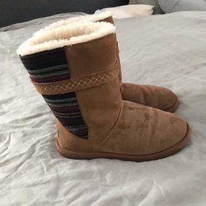 Minnetonka Tan Boots